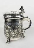 """Арт-студия """"Кентавр"""" - Пивная кружка, декорированая медальонами с лошадьми №012200"""