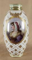 """Арт-студия """"Кентавр"""" - Антикварная фарфоровая ваза с женским портретом №014015"""