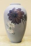 """Арт-студия """"Кентавр"""" - Старинная ваза с изображением цветов №014176"""