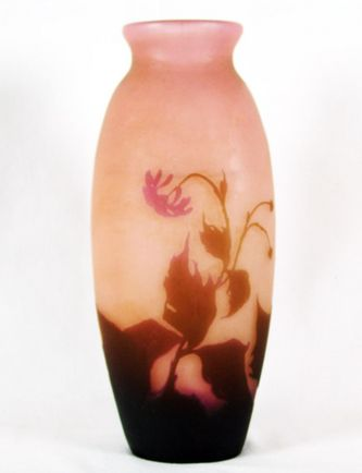 """Арт-студия """"Кентавр"""" - Ваза с флоральным декором (цветок хризантемы). 1920 - 1930 -е гг. №010340"""