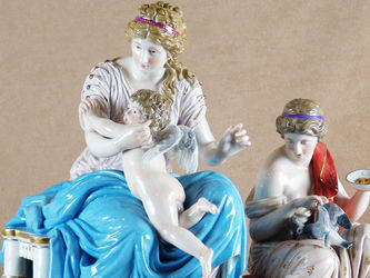 """Арт-студия """"Кентавр"""" - Скульптурная композиция """"Венера и амур""""  №010382"""