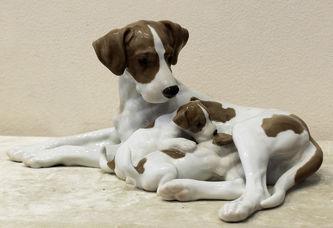 """Арт-студия """"Кентавр"""" - Фарфоровая статуэтка """"Собака со щенками"""" породы Английский пойнтер №012256"""