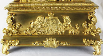 """Арт-студия """"Кентавр"""" - Старинные каминные часы """"Королева Великобритании и Ирландии Виктория"""" №012404"""