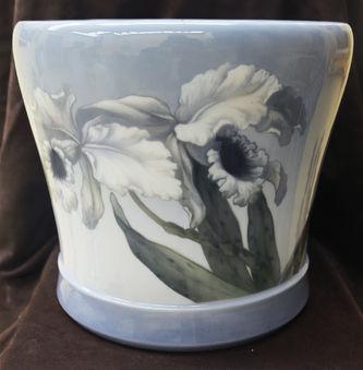 """Арт-студия """"Кентавр"""" - Фарфоровое кашпо с изображением цветков орхидей №013595"""