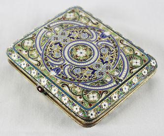 """Арт-студия """"Кентавр"""" - Старинный серебряный портсигар, украшенный разноцветными эмалями №014092"""