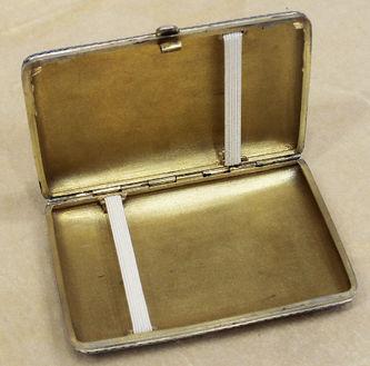 """Арт-студия """"Кентавр"""" - Старинный серебряный портсигар с расписной эмалью №014311"""