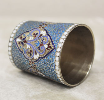 """Арт-студия """"Кентавр"""" - Старинный серебряный стакан, украшенный перегородчатой эмалью №014330"""