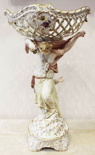 """Арт-студия """"Кентавр"""" - Фарфоровая ваза """"Венера и амур"""" №014433"""