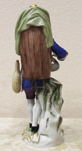"""Арт-студия """"Кентавр"""" - Редкая статуэтка """"Продавец крепких напитков (спирта)"""" из серии """"Уличные торговцы"""" №014610"""