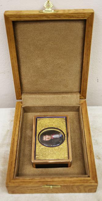 """Арт-студия """"Кентавр"""" - Старинная золотая шкатулка с портретом короля Людовика XIV №014761"""