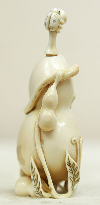 """Арт-студия """"Кентавр"""" - Окимоно в виде флакончика с ложечкой в форме тыквы-горлянки с ползающими по ней мышками №014983"""