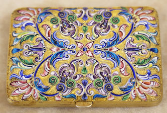 """Арт-студия """"Кентавр"""" - Портсигар с расписной эмалью с цветочным декором №015296"""