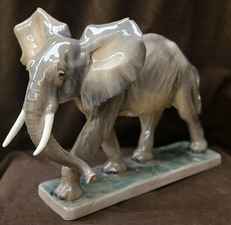 "Арт-студия ""Кентавр"" - Фарфоровая статуэтка ""Слон"" №015361"