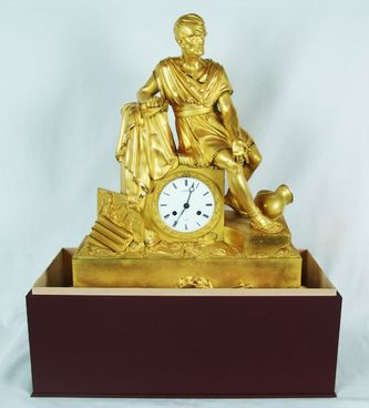 """Арт-студия """"Кентавр"""" - Старинные каминные часы с боем """"Римский полководец Марий Гай на развалинах Карфагена"""" 1830-1840-е гг. №009598"""